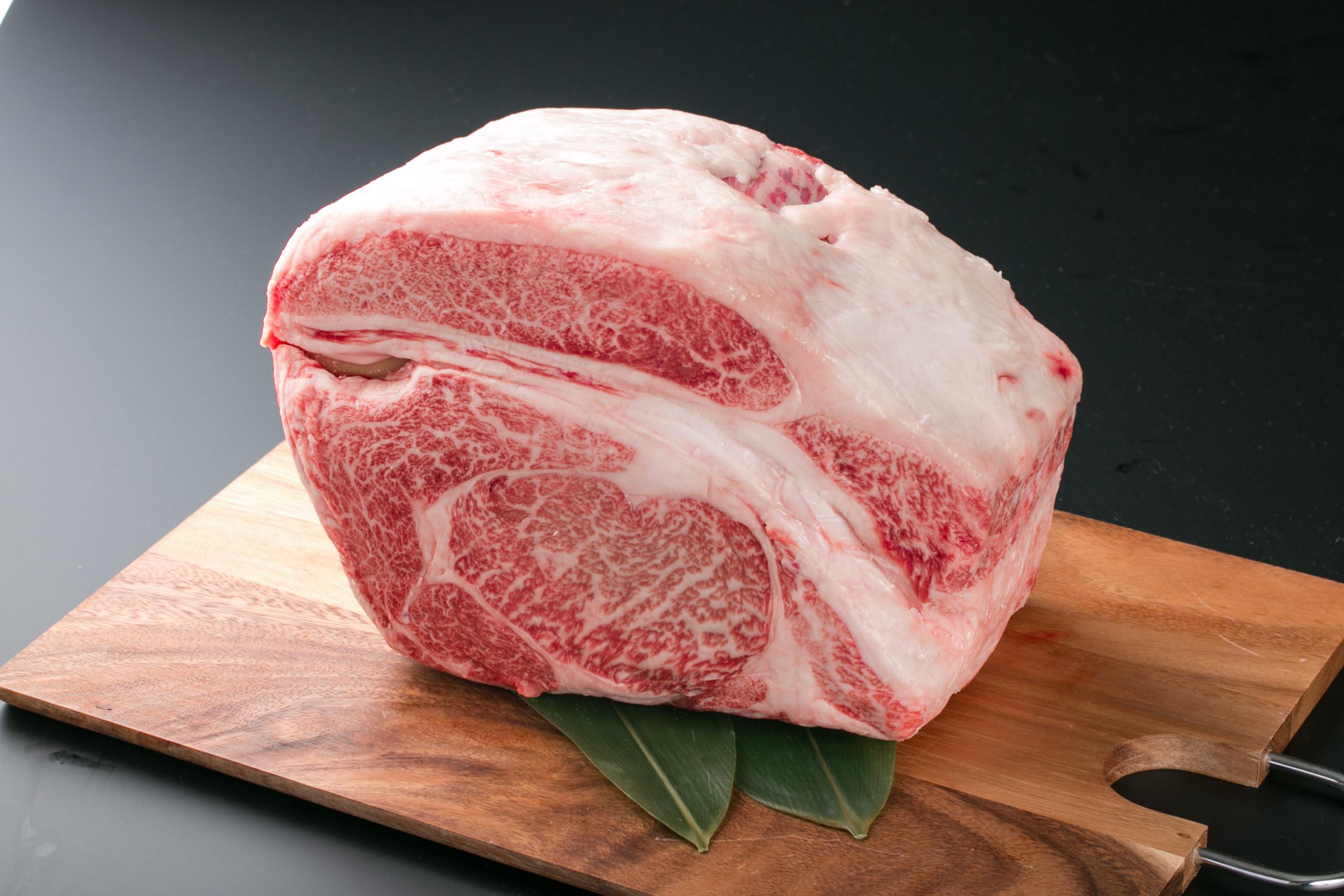 ブロック肉を制するものは肉を制す【食べるエッセイvol.7】